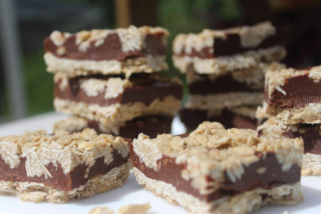 Chocolate Oat Tahini Bars